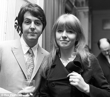 Paul Mccartney And Jane Asher 40 Photos The Beatles