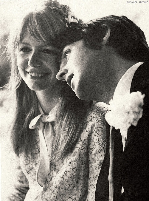 Paul McCartney and Jane Asher (40 Photos) – The Beatles