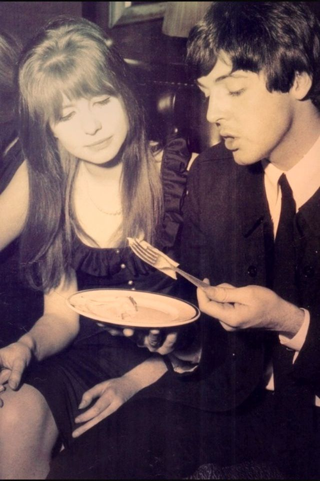 Paul McCartney And Jane Asher 40 Photos Page 3 The Beatles